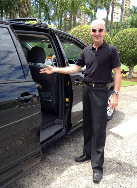 Gold Coast airport private transfer vehicle